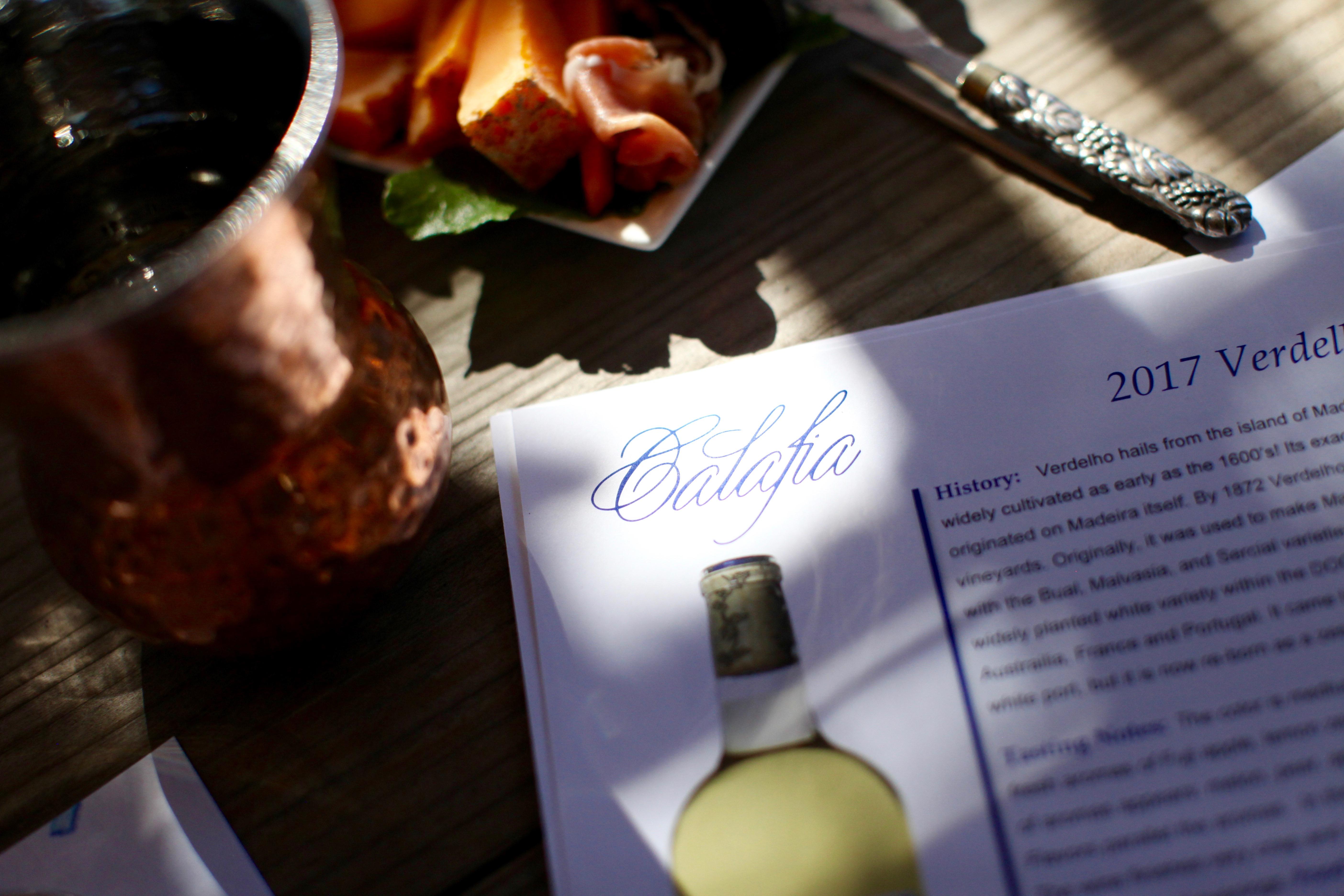 Table setting for tasting